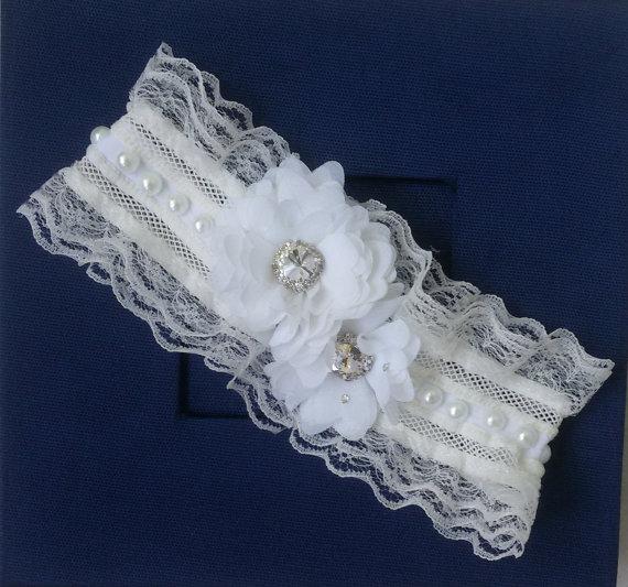 Hochzeit - Wedding leg garter, Wedding Leg Belt, Rustic Wedding Garter, Bridal Garter , Of white Lace, Lace Garters, ,Wedding Accessory