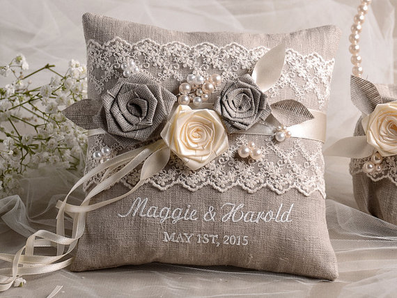 Mariage - Lace Wedding Pillow  Ring Bearer Pillow Embroidery Names, shabby chic natural linen