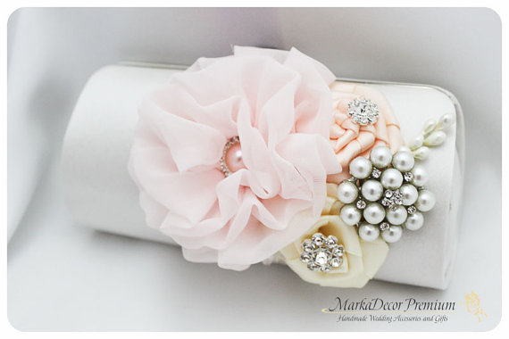 Свадьба - Bridal Wedding Clutch Flower Handmade Brooch Bridesmaids Purse with Handmade Flowers, Crystals, Pearls in White, Nude and Light Pink