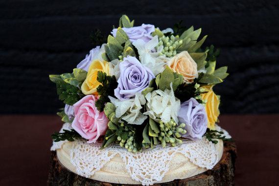 Свадьба - Wedding Cake Topper, Wedding Cake Decoration, Preserved Rose Cake Decoration, Lilac, Peach, Pink and Yellow Rose Cake Topper, Cake Decor