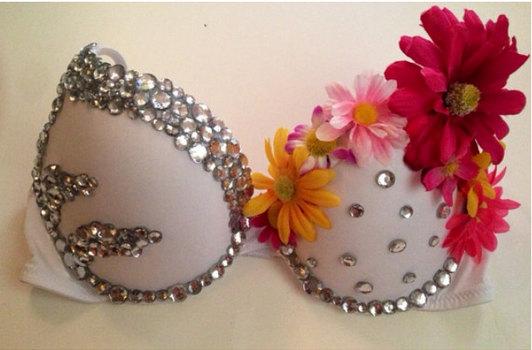 Свадьба - Daisy White Pink Yellow Flower Rhinestone Rave Bra, EDC Rave costume