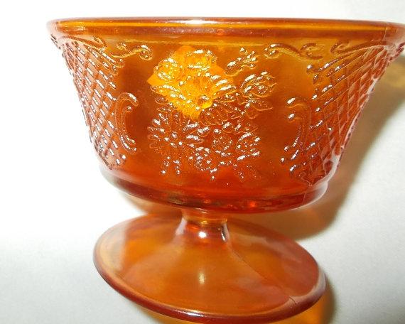 زفاف - Iridescent Sherbet Depression Glass Normandie Champagne Stem TWO Federal Glass Lattice & Bouquet
