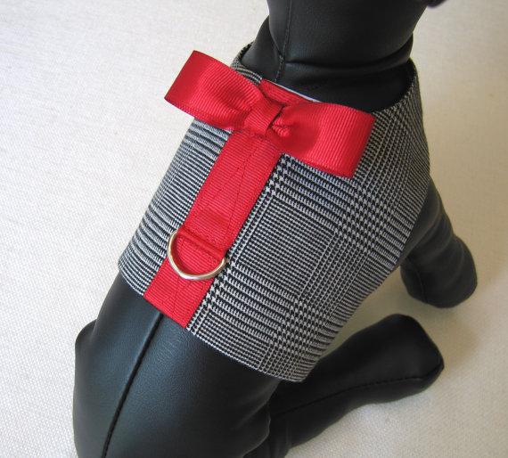 Свадьба - TUXEDO DOG HARNESS - Boy Dog Harness Vest - Red Bowtie Harness - Dog Wedding Harness - Wedding Pet Harness - Ring Bearer Harness