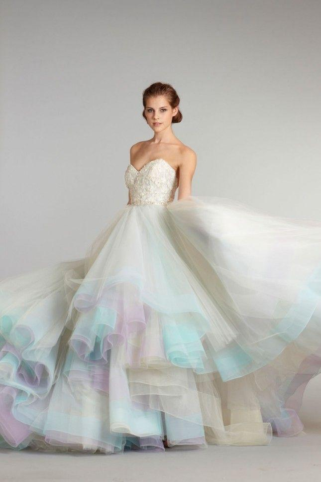 18 Colorful Wedding Dresses For The Non-Traditional Bride #2314196 ...