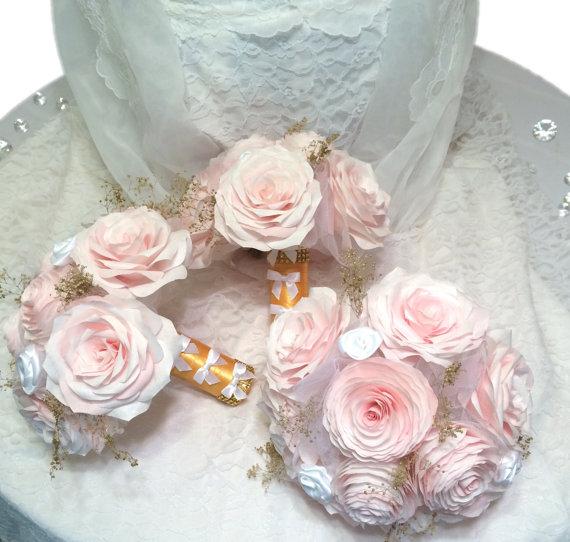 زفاف - Custom Bridal party bouquet package in blush handmade paper Peonies and Roses and gold baby's breath, Wedding party bouquet, Paper Bouquet