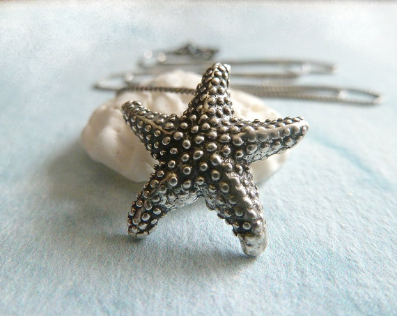 Mariage - Silver Starfish Necklace. Sterling Silver Nautical Necklace. Summer Wedding Fashion Jewelry