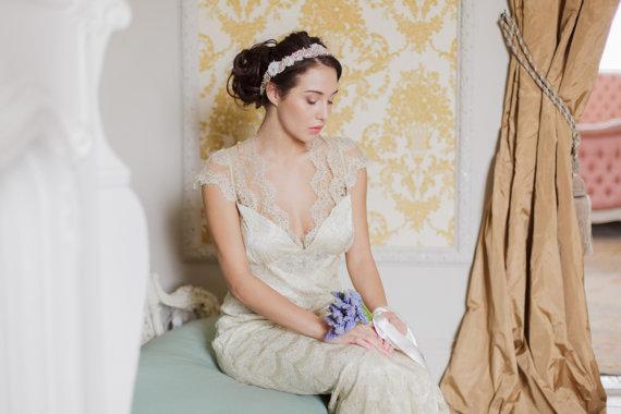 Mariage - Gold bridal headband on fabric  - H11