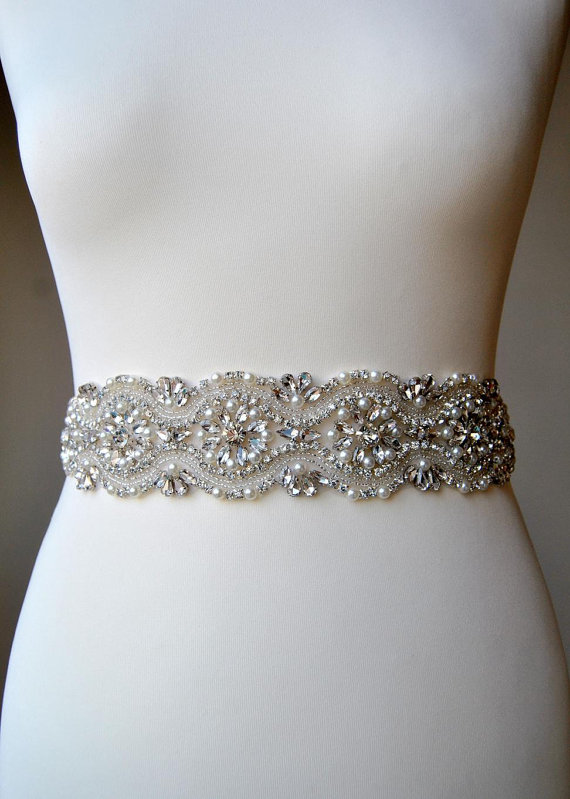 Wedding dress sash belt luxury crystal bridal sash for Sparkly belt for wedding dress