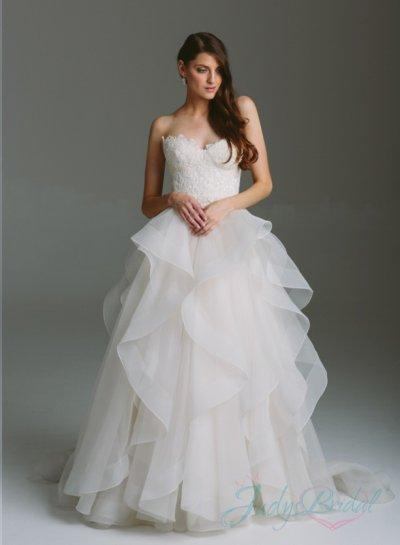 Romance sweetheart lace bodice organza ruffles ball gown for Wedding dresses with ruffles