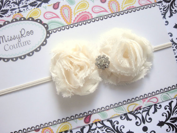 Свадьба - Baby Girl Dainty IVORY or WHITE Flower Headband w/ Crystal on Skinny Stretch band - Newborn Infant Teen Adult Photo Prop Baptism