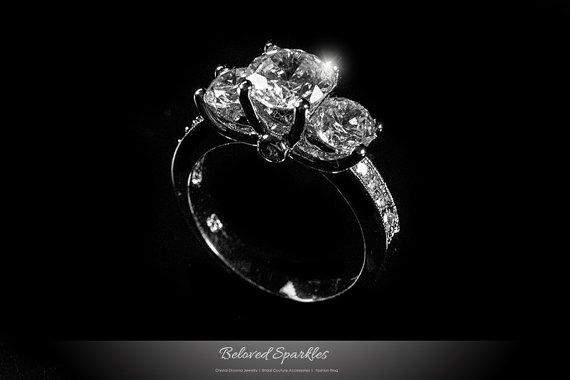 Свадьба - 1 Carat Round Cut 3 Stone CZ Engagement Ring , Classic 3 Carat Tri-Stone Cubic Zirconia Wedding Anniversary Promise Faux Diamond Ring