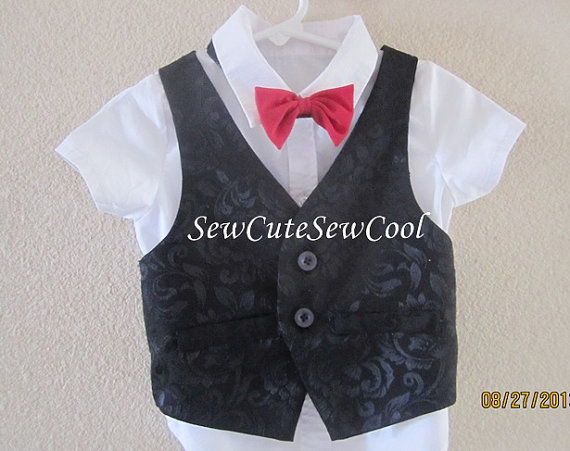 Mariage - Boy black vest , Baby boy black outfit, ring bearer outfit, boy formal wear