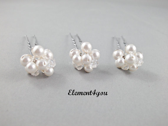 Wedding - Bridal Hair pins Ivory or white pearls cluster Swarovski Crystals Silver gold wired pins Hair piece Bridesmaid gift Wedding Accessories