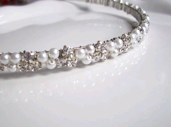 Wedding - Wedding Headband. Pearl and Rhinestone Headband. Pearl Bridal Headband. ISLA