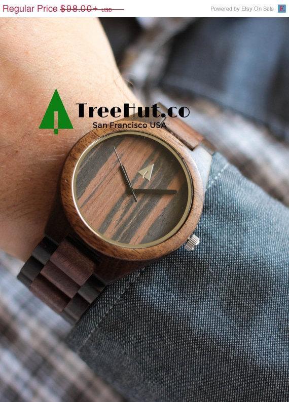 Свадьба - SALE Engraved Groom Gift, Wood Watch, Wedding Gift, Mens watch, Groomsmen gift, Anniversary Gift For Him, Wooden Watch HUT3937