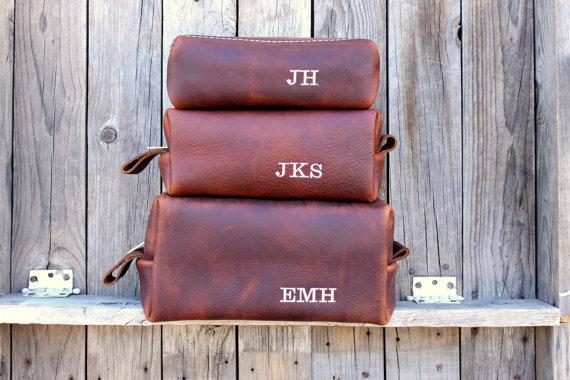 Свадьба - Custom Groomsmen Gift, Leather Dopp Kit, Leather Shaving Kit, Leather Toiletry Bag, Mens Toiletry Bag, Lifetime Leather Co, Wedding Gifts