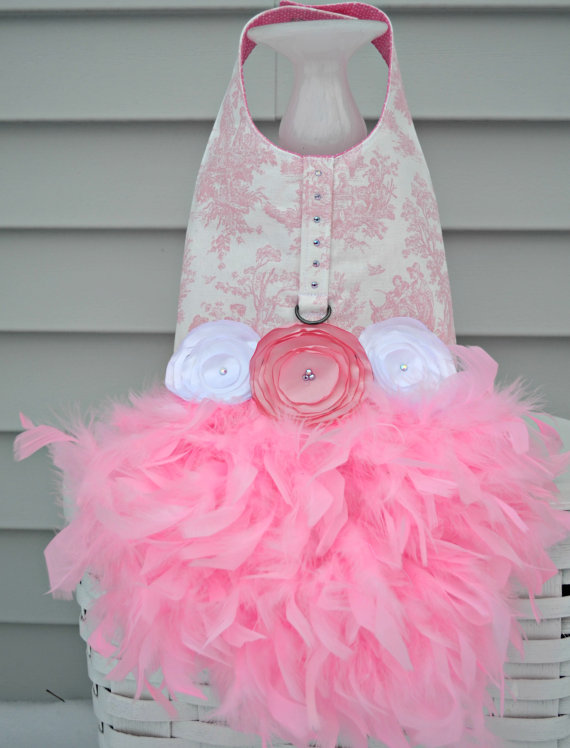 Свадьба - Dog Dress Feather Harness - Pink Toile