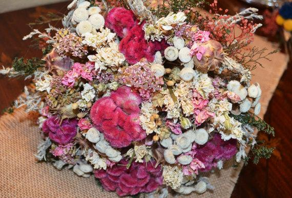 Mariage - Drried Flower Wedding Bouquet of Variegated Pinks and Ivory Dried Flowers with Vintage Lace   - For Wedding  - Made to Order