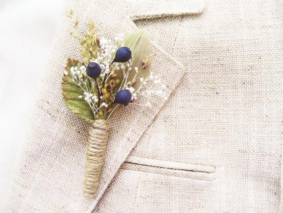 Wedding - Men's rustic wedding boutonniere, Lapel pin, Groom, Groomsmen buttonhole, Blueberry - BERRY