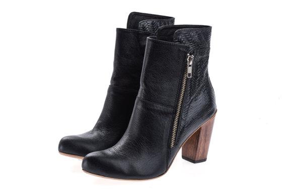 Свадьба - Sale 50% off Black heel booties -  women high heels black booties - Last sizes FREE SHIPPING - Handmade by ImeldaShoes