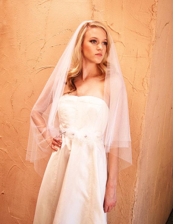 Свадьба - English Net Fingertip Length Drop Style Wedding Veil with Smooth Cut Edge - Simple Wedding Veil - Brighton