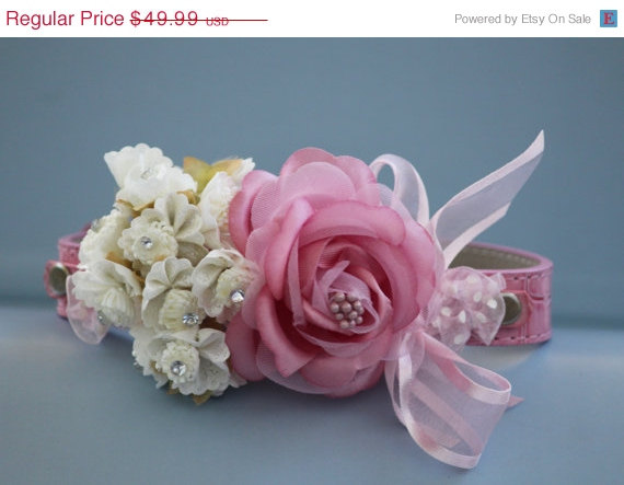 Свадьба - Pink Floral  Dog collar, pink leather collar with pink and white flowers,  Cute Floral Dog Collar, Wedding accessory
