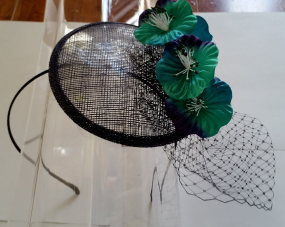 Navy Blue Sinamay Green Satin Flowers Fascinator Hat with Veil and Satin  Headband c572b1859f4