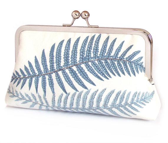 Mariage - SALE: clutch bag, fern purse, woodland wedding, bridal accessory, bridesmaid gift, with gift box, BLUE FERNS