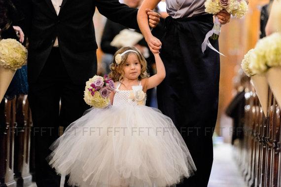 36a1480f939 White Flower Girl Dress