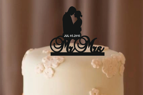 Свадьба - personalize wedding cake topper Silhouette, bride and groom silhouette wedding cake topper, Mr and Mrs cake topper