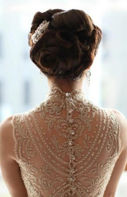 Свадьба - All About The Back: Wedding Dress Details