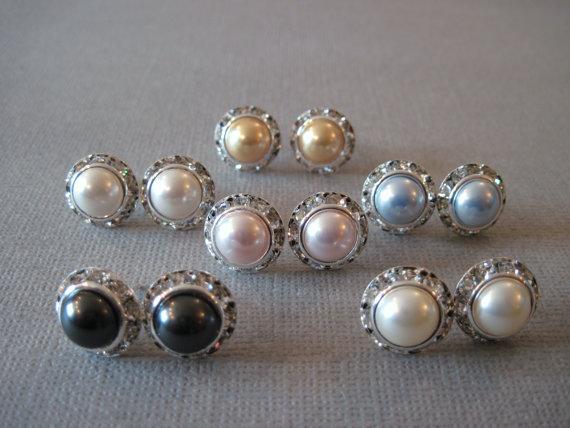 Mariage - SET OF 5 PAIR- Swarovski Crystal Pearl Earrings/Pink Pearl Studs/Bridesmaid Jewelry/White Pearl Earrings/Bridal Party/Cream Pearl Earrings/