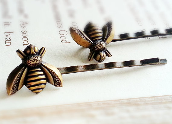 Mariage - BUY 2 GET Any 1 FREE Brass Bee Bobby Pin Set Woodland Bobby Pin Bee Hair Clip Woodland Hair Clip Bee Hair Pin Bridal Hair Clip
