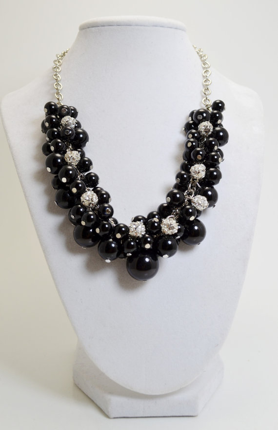 Mariage - Pearl Necklace, Black and Rhinestones Chunky Necklace. Black Bridal Necklace, Chunky Necklace, Pearl and Rhinestone Jewelry, Bridal Jewelry.