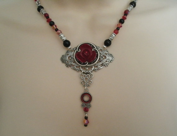 زفاف - Rose Necklace victorian jewelry gothic jewelry goth jewelry art nouveau jewelry renaissance jewelry medieval jewelry edwardian wedding