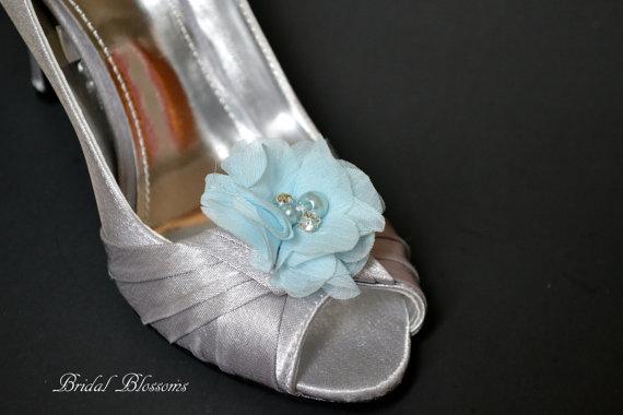 Hochzeit - Light Blue Chiffon Flower Shoe Clips