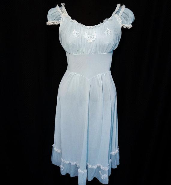 Mariage - Vintage Peignoir Nightgown Robe Set 60s Bridal Lingerie Aqua Blue Chiffon Lace Shadowline Small