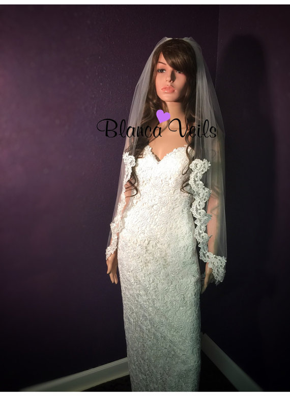 Mariage - French Beaded Lace Wedding Veil