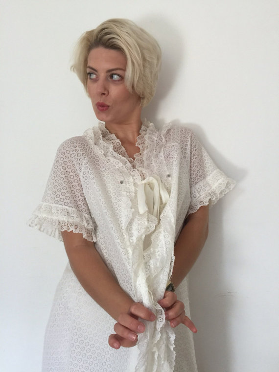 1960s Vintage Babydoll Robe Lacy Lingerie Frilly Dressing Gown ...