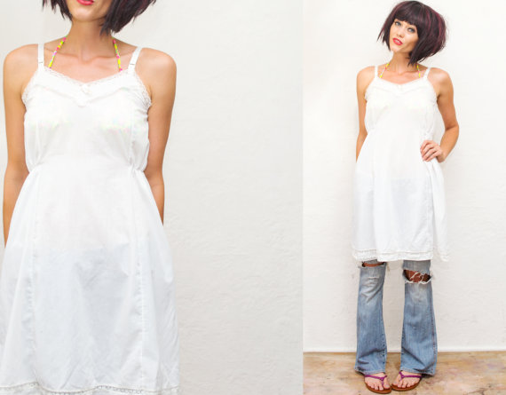 Hochzeit - VTG White + Lace Slip Dress  / swimsuit cover up / night gown / lingerie / Size small xs