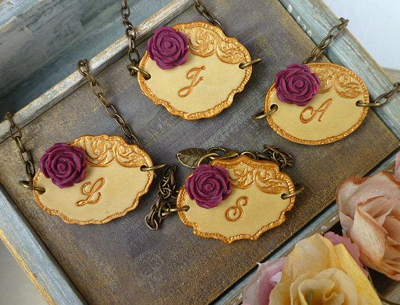 زفاف - Letter Stamped Bridesmaid Bracelets, Custom Bridesmaid jewellery, Marsala Gold Wedding, Bridal Party, Personalized Vintage bracelet