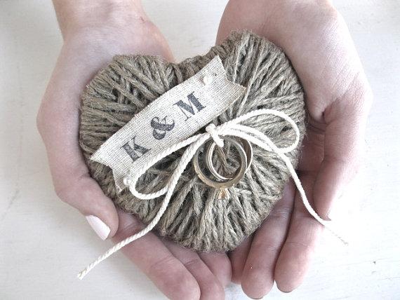 Свадьба - Wedding Ring Bearer Pillow/Holder - REUSE as Christmas ornament /decor - HAND STAMPED initials, wedding decor - eco friendly