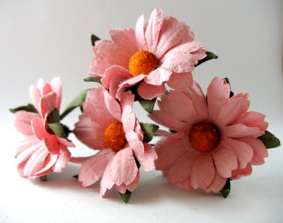 Mariage - Pink Daisy Flower Bobby Pins Wedding Hair Accessories 4 Pieces Bridesmaids Flower Girls Hair Decorations Paper Flowers Wedding Hair