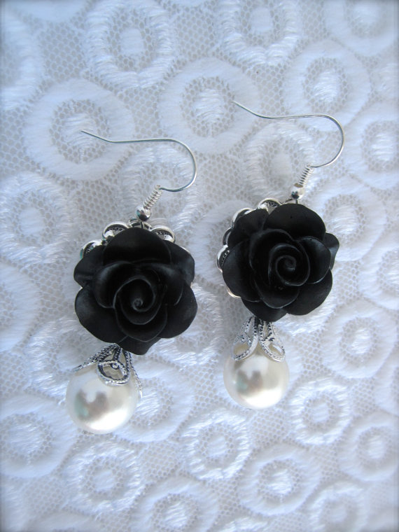 Wedding - Black Flower Earrings. Bridal Bridesmaids Earrings Wedding Jewelry Gift Victorian Whimsical Shabby chic Romantic vintage style Accessories.