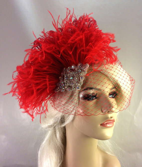 Свадьба - Red Bridal Fascinator, Silver Beaded A/B Rhinestone Center, Feather Fascinator, Bridal Veil, Wedding Veil, Hair Clip