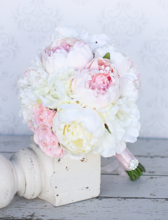 Свадьба - Silk Flowers Arrangement Peony Peonies Rustic Shabby Chic Home Decor