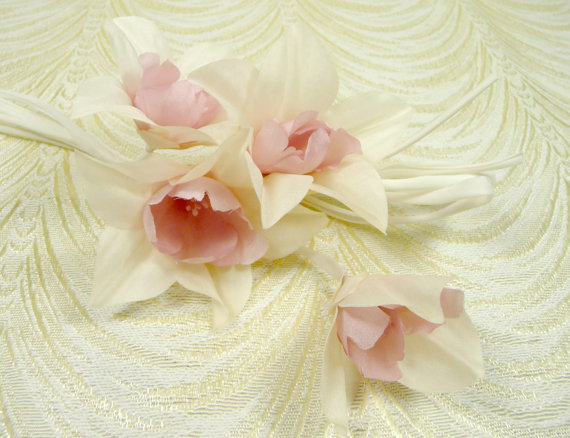 Silk millinery flowers spray of 4 on silk stems ivory pink blush for silk millinery flowers spray of 4 on silk stems ivory pink blush for bridal bouquets weddings hats corsage mightylinksfo