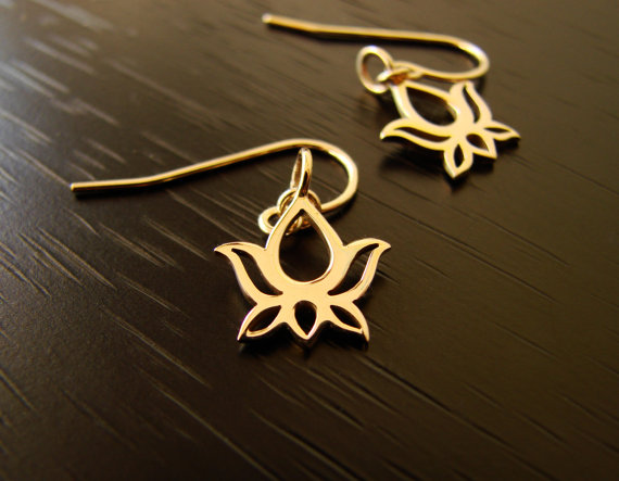 Mariage - Lotus Earrings in Bronze,lotus blossom,Mother's Day Gifts,bridesmaid gift,bridal shower, wedding gift, gift for her, wedding jewelry,simple