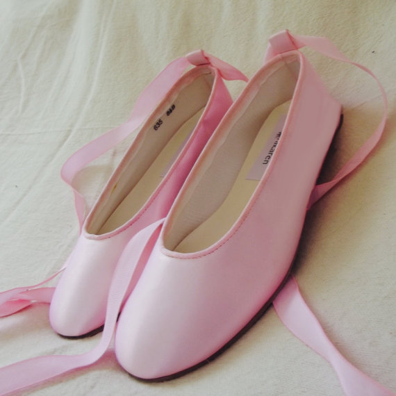 Mariage - Bridal Wedding shoes custom dyed , ballerina flat choose color, unique dyed shoes, pink ballerina bridesmaid  gift ,colorful ballerina flats