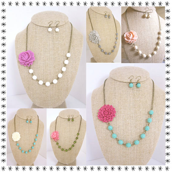 Mariage - Bridesmaid Jewelry Set of 3 Design Your Own Flower Necklace Rustic Wedding Jewelry Rustic Bridesmaid Necklace